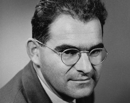Headshot of Victor Weisskopf